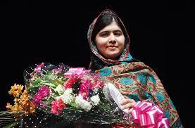 मलाला बनी मिसाल : मंडेला, दलाई लामा सा सम्मान मिल रहा बहादुर पाक लड़कीको